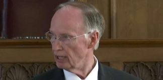 Robert Bentley resigns amid sex scandal, Ivey becomes governor