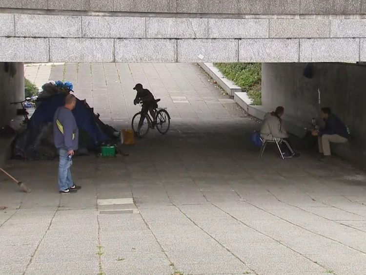 A £100m plan on halving rough sleeping in England by 2022 and eradicating it by 2027 has been launched by the government.