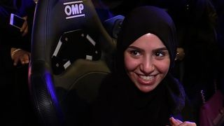 Women in Saudi Arabia are learning to drive