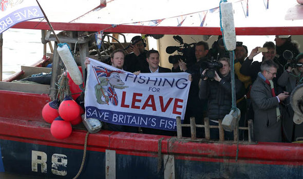 Brexit news: Fishing for Leave protesting