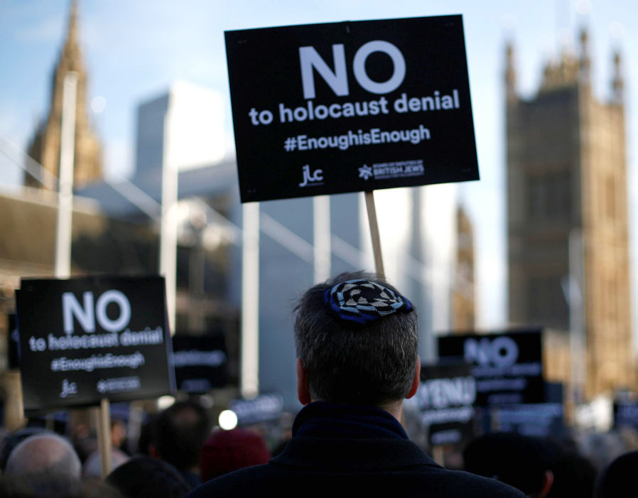 Jewish groups have accused Corbyn of failing to tackle anti-Semitism