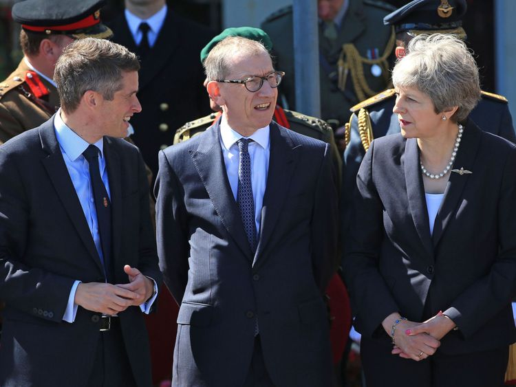 Gavin Williamson (L) has reportedly clashed with Mrs May over defence spending