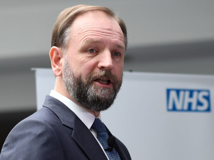 NHS England's chief executive Simon Stevens address staff during the launch of the Next Steps on the NHS Five Year Forward View at Aldershot Centre for Health. PRESS ASSOCIATION Photo. Picture date: Friday March 31, 2017. See PA story HEALTH NHS. Photo credit should read: Stefan Rousseau/PA Wire